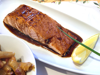 Balsamic Glazed Salmon recipe from Dr. Gourmet