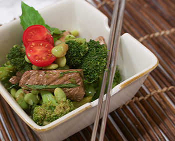 Beef and Broccoli Salad - click for recipe!
