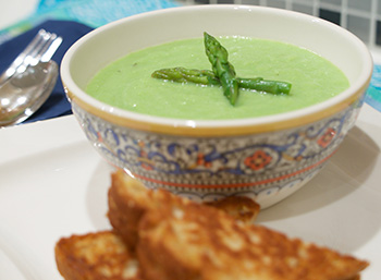 Cream of Asparagus Soup, a recipe from Dr. Gourmet