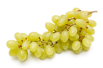 a bunch of white (green) grapes