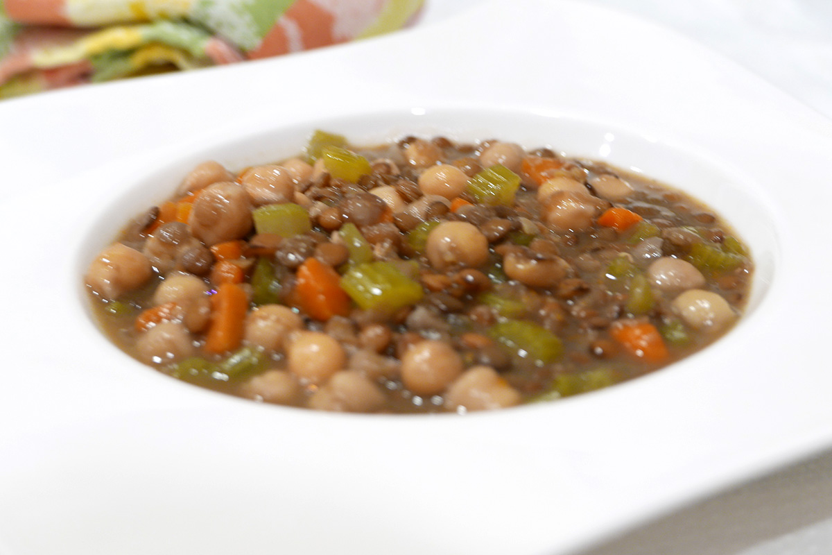 Lentil and Chickpea Soup, a GERD-friendly recipe from Dr. Gourmet