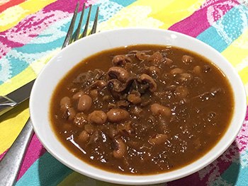 Smokey Black Eyed Peas recipe from Dr. Gourmet