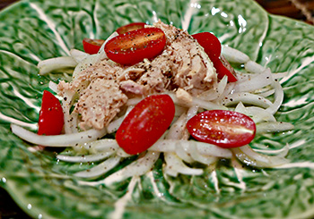 Valencian Tuna and Onion Salad recipe from Dr. Gourmet